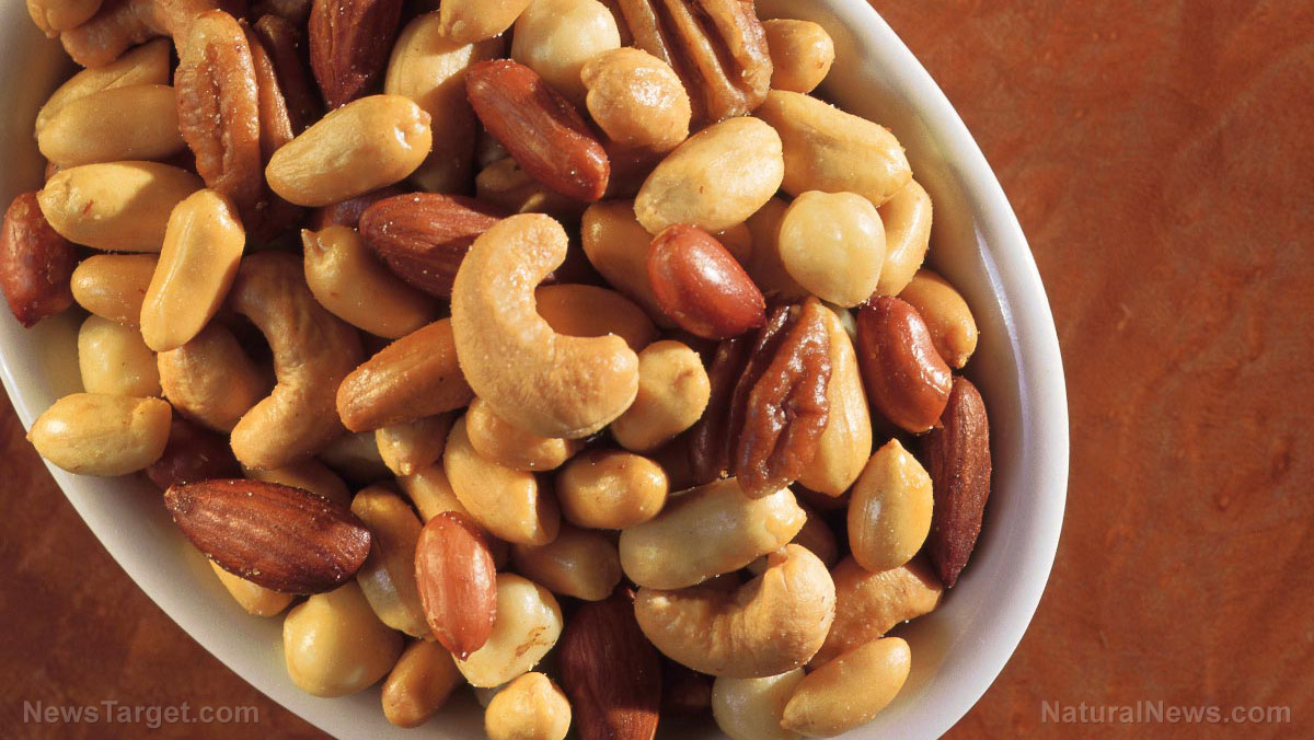 Lower your cholesterol levels with nuts